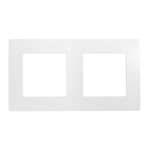 Legrand Niloe biały ramka podwójna